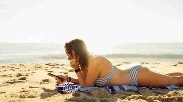 Beach Reads Alicia Street